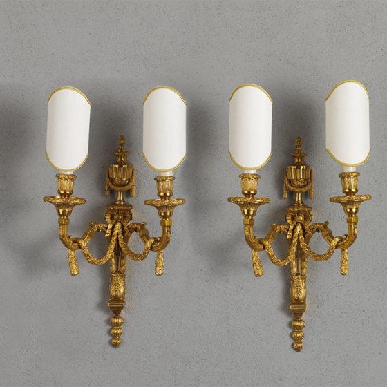 Art. A111/2 • Applique Impero, bronzo cesellato e dorato • L 28, H 40