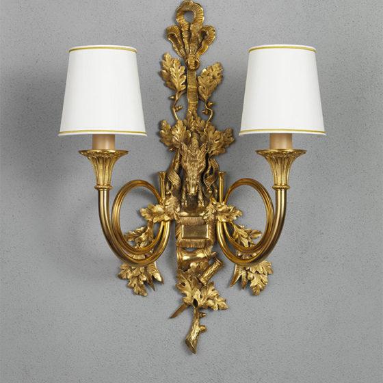 """Art. A123/2 • Applique """"Cinghiale"""", bronzo dorato • L 50, H 75"""