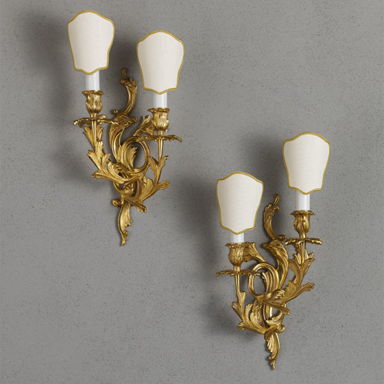 Art. A87/2 • Louis XV style wall sconce, gilded bronze • L 21, H 34