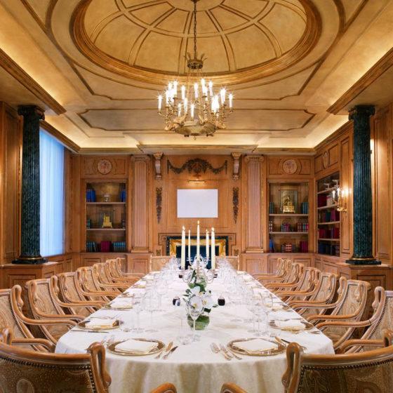 GHERARDO DEGLI ALBIZZI • Lampadari in stile classico • Westin Palace Milano