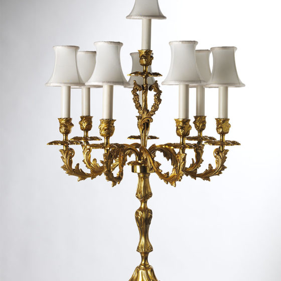 Art. L28/8 • Candelabro Luigi XV, bronzo dorato • Ø 45, H 79
