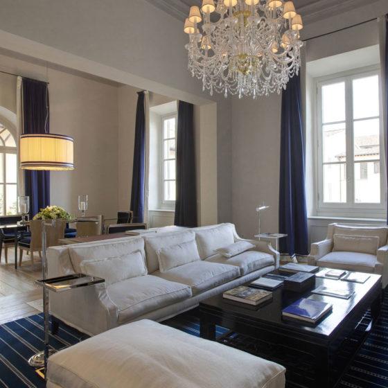 GHERARDO DEGLI ALBIZZI • Lampadari in stile classico • Four Season Hotel, Firenze