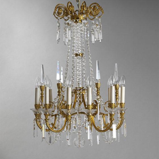 Art. 149/12 • Lampadario artistico Luigi XVI, bronzo dorato e cristallo diamantato • Ø 63, H 90